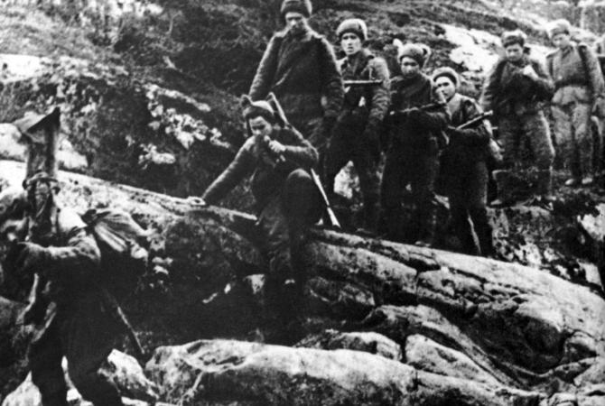 Немцы считали, что бьются с целым полком