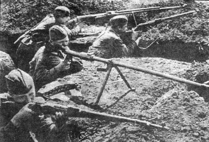 Вчетвером против 30-ти танков: плен не предполагался, а смерть возможна...