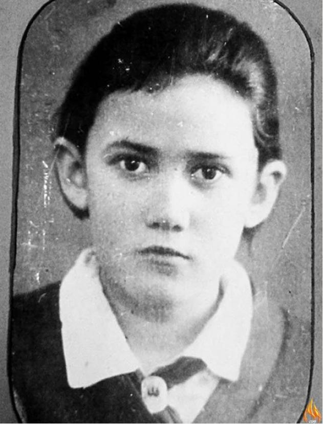 Юная героиня Нина Куковеркова