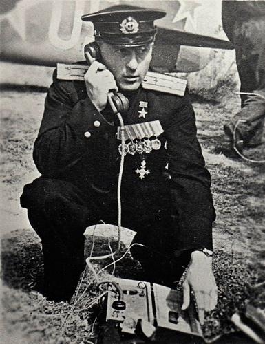 Герой Советского Союза, летчик - балтиец Василий Голубев