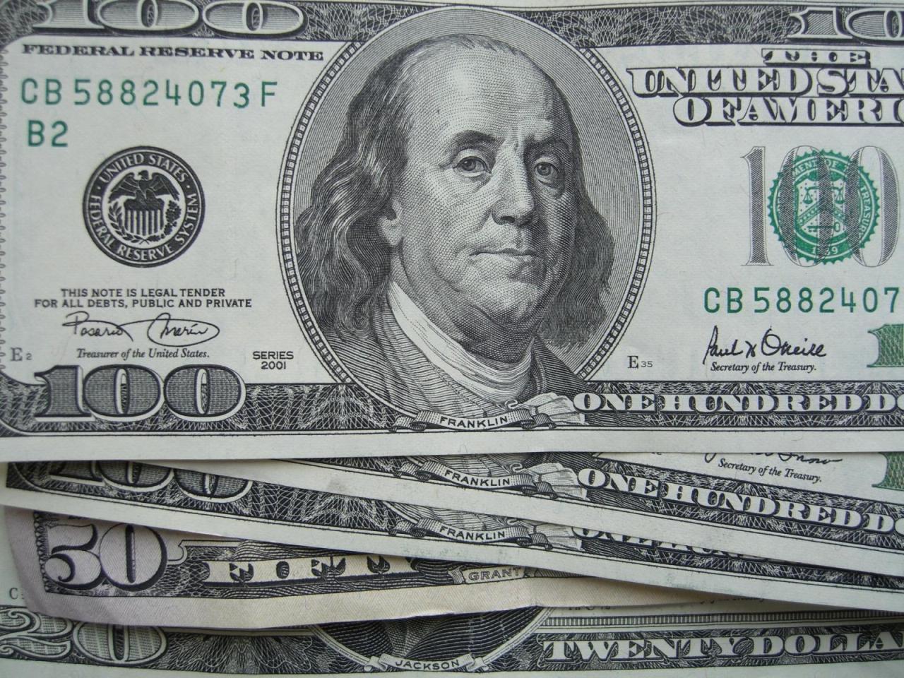 Только Сталин противостоял засилью доллара
