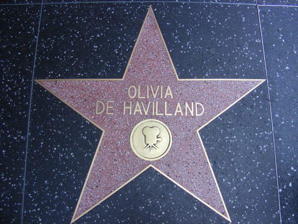 Оливия Де Хэвилленд. С достоинством истинной леди