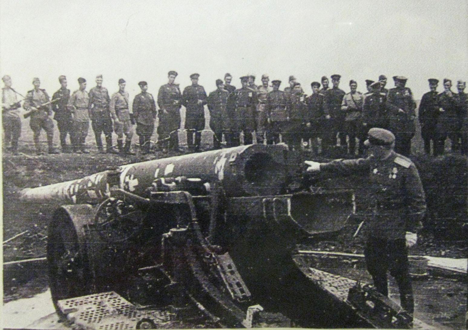 3000 бойцов против 25 000 вооруженных японцев
