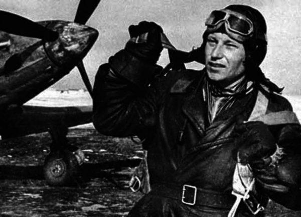 Александр Покрышкин, когда-то сбил советский бомбардировщик  Су-2