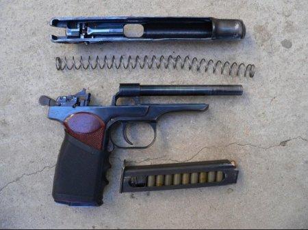 Краткая история и характеристика пистолета Стечкина