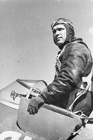 «Типичный Русский» Борис Сафонов, первый дважды герой в Северном небе