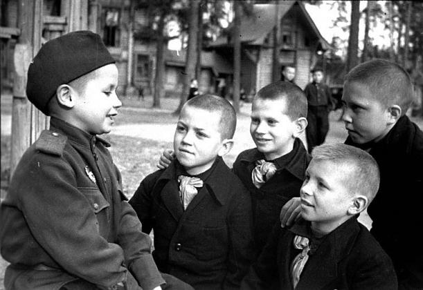 Война и дети. Фронтовой очерк Аркадия Гайдара