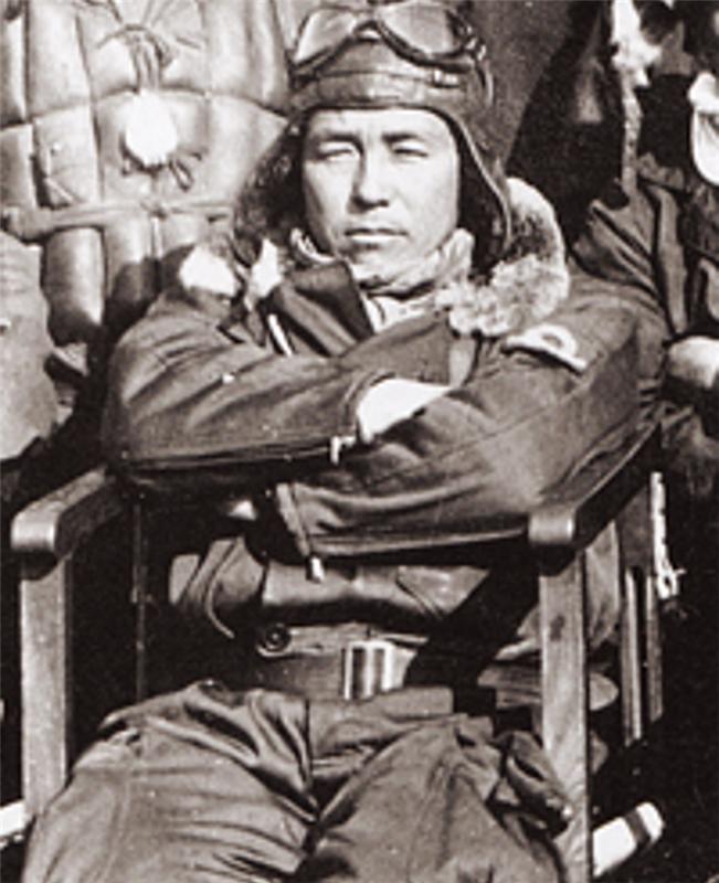 Садааки Акаматцу: «Пьяный мастер» японской авиации