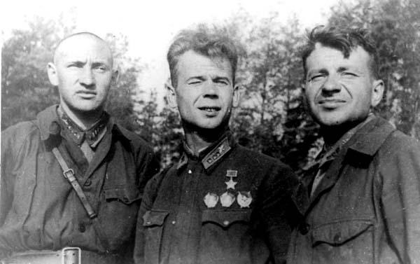 Как штурман трижды возвращался из-за линии фронта?