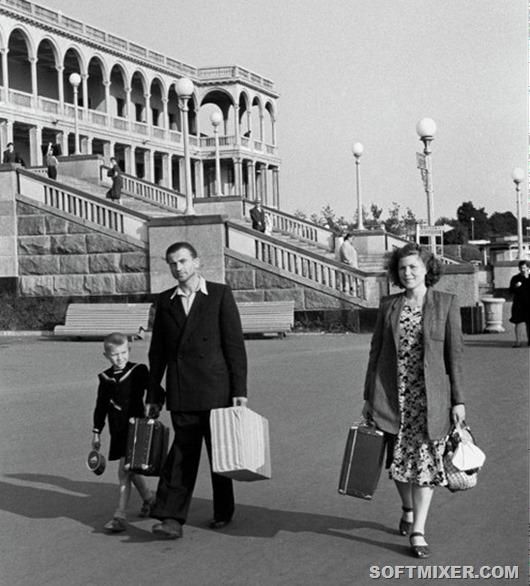 """Советская мода 50-х: стиляги, """"труженицы"""" и Диор"""