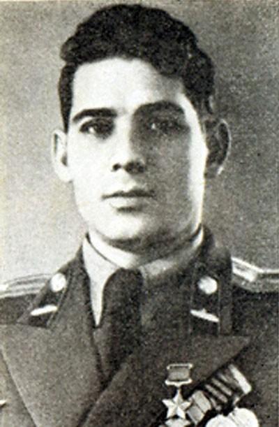 Защитник Ленинграда Александр Мнацаканов