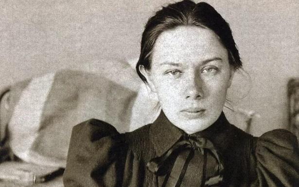 Надежда Крупская: замужем за большевизмом
