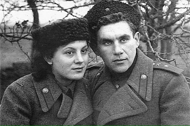 Тетя-фронтовичка была музой военных песен Высоцкого