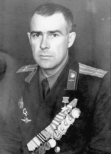 Летчик-истребитель Илья Шмелев
