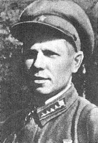 Бьёт фашистов смертным боем снайпер Вежливцев Иван