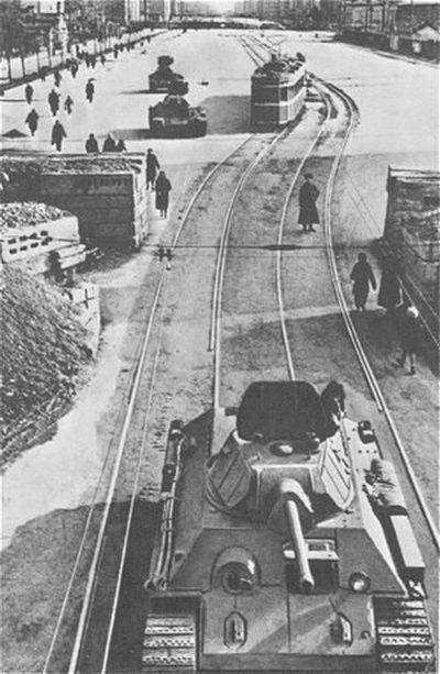 Ленинградский трамвай: хроника незаметного подвига