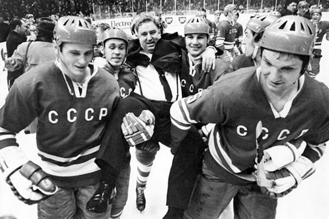 Легендарный тренер Анатолий Тарасов