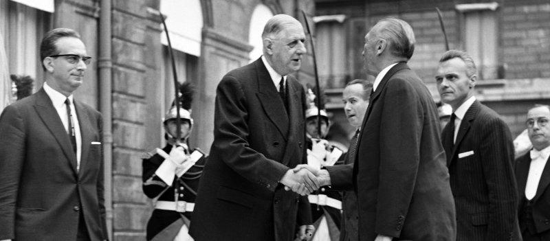 Политические шаги Шарля де Голля против американского доллара
