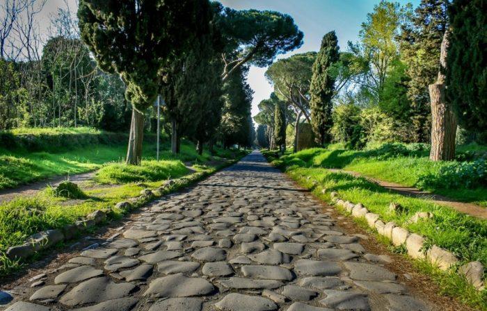 История туризма: как и зачем путешествовали в древности