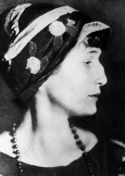 Анна Ахматова: царица русской поэзии