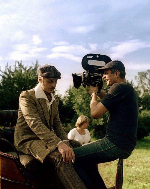 Фотографии со съёмочных площадок популярных фильмов