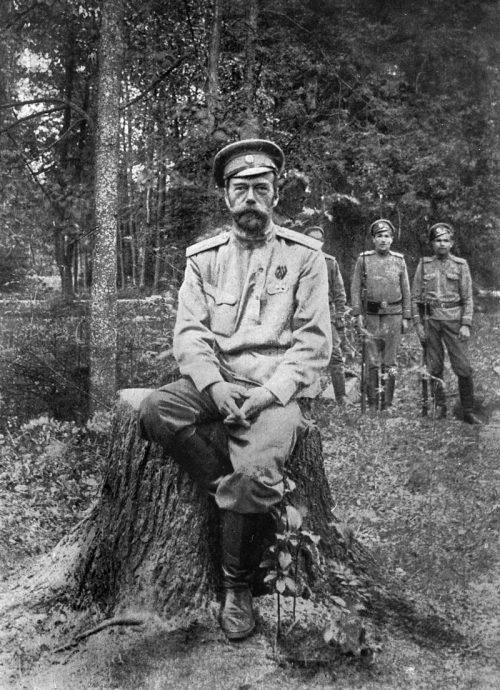 «На моем пятом выстреле Николай II валится снопом на спину»