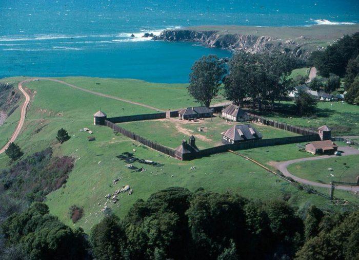 Форт-Росс: русская крепость на побережье Калифорнии