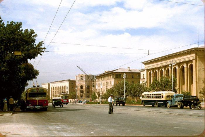 Узбекистан 1956 г. в цвете