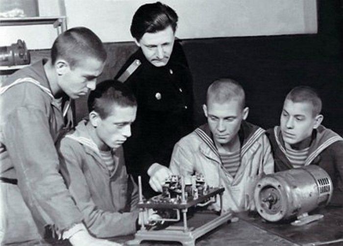 Подвиг юного моряка Владимира Моисеенко