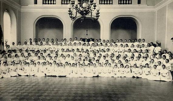 Бедные и благородные: Екатерининский институт для высокородных девиц