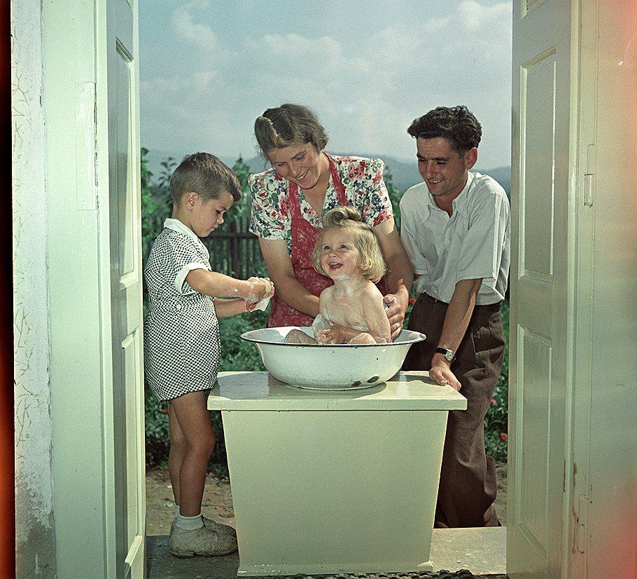"""Фотографии 50-х годов из журнала """"Огонёк"""""""