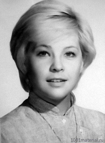 Известная российская актриса театра и кино – Татьяна Догилева
