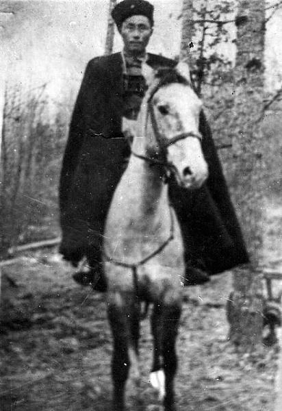 """Как бурятские казаки уничтожили 2 полка фашистов из дивизии СС """"Галичина"""""""