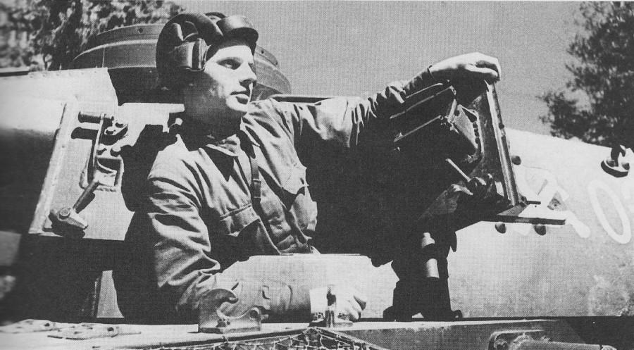 По немецкому тылу на трофейном танке