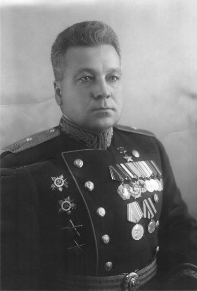 Первый Герой Советского Союза