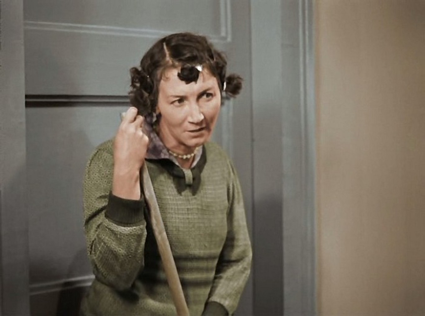 Рина Зеленая.Забавная домработница в «Подкидыше», мудрая черепаха Тортила в «Приключениях Буратино», уютная миссис Хадсон в «Шерлоке Холмсе»
