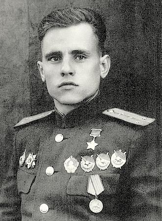 Гроза вражеских бомбардировщиков Андрей Кулагин