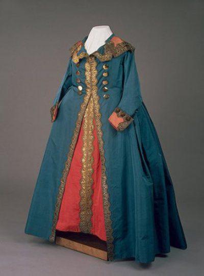 Мундирные платья императриц