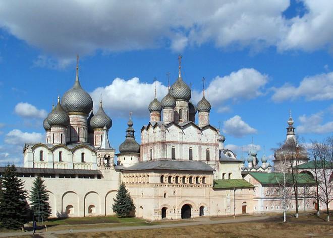 «Начинается земля, как известно, от Кремля»