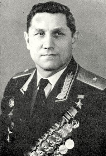 Николай Кузнецов - отважный сын города Ленина