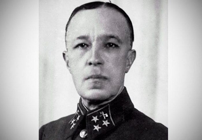 Полководцы России. Генерал Карбышев