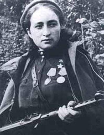 Мария Щербаченко. Сквозь черный вой свинца…