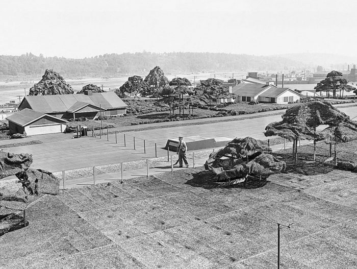 Секретный завод Boeing под потемкинской деревней