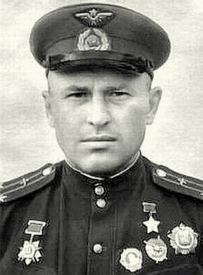 Выдающийся лётчик Антон Дмитриевич Якименко