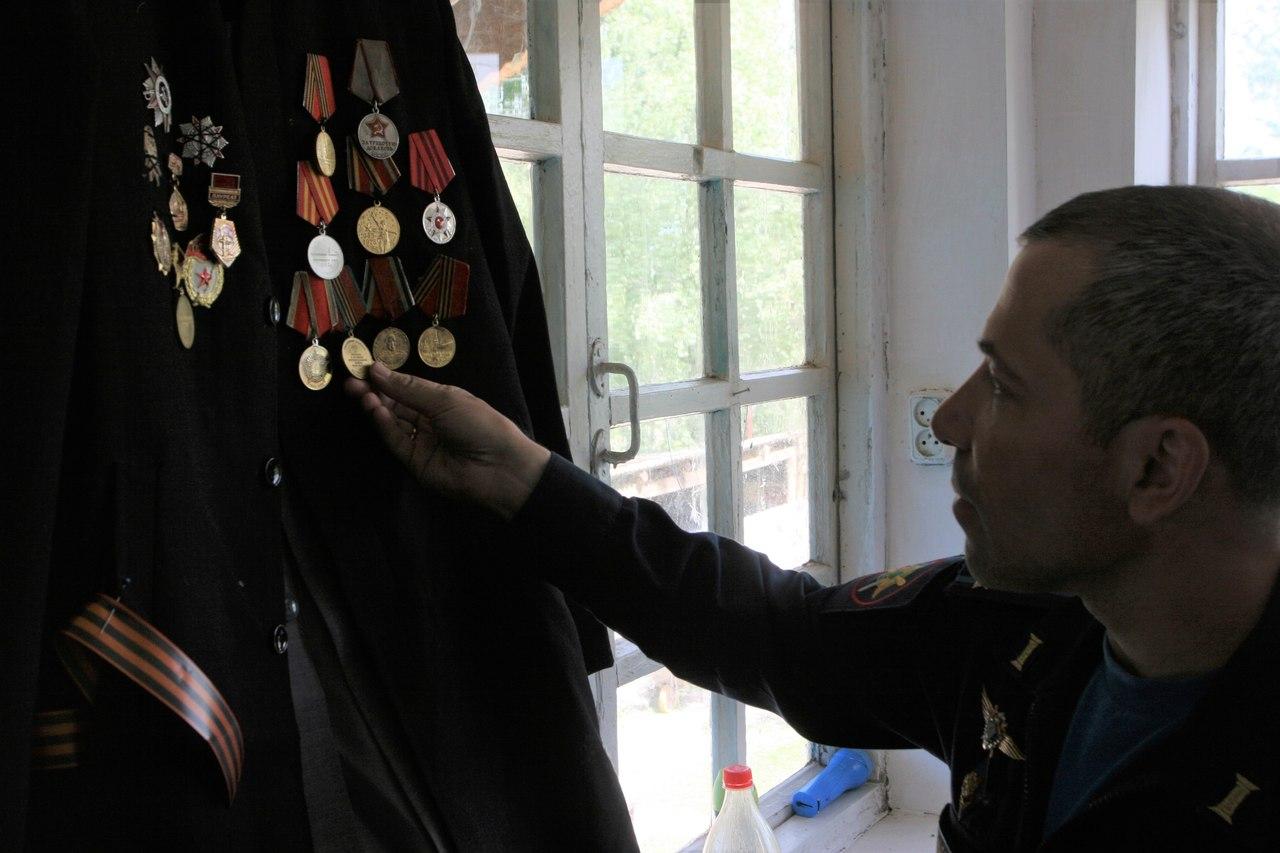 Начальник штаба авиабазы ОДКБ «Кант» посетил ветерана Великой Отечественной войны