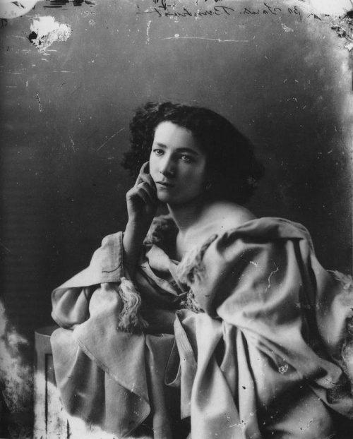 Получили Нобеля: 5 женщин, которых любил изобретатель динамита