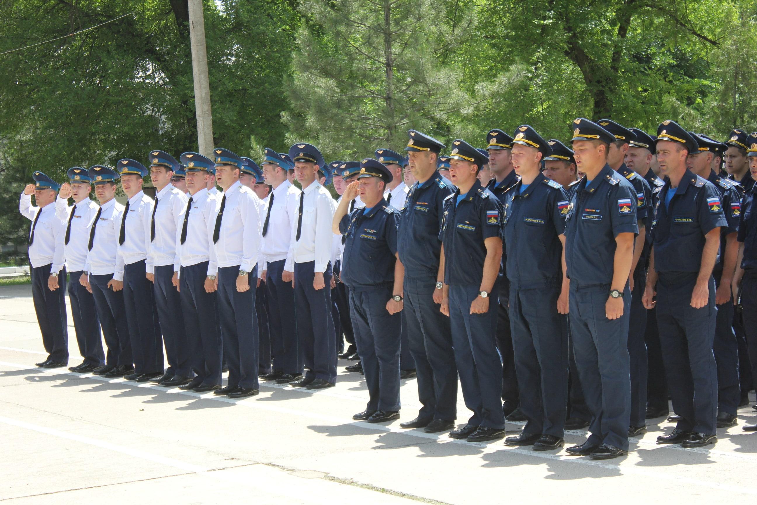 На авиационной базе ОДКБ «Кант» военнослужащие и их семьи отпраздновали День России
