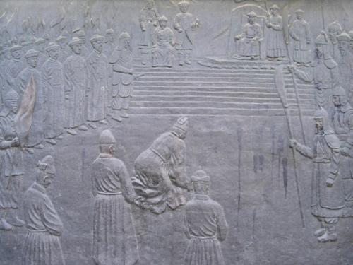 На высоких берегах Амура шла китайско-русская война