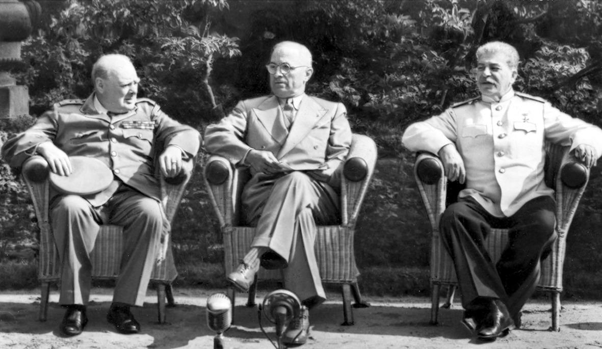 Разведка доложила: 1 июля 1945 год Британия и США нападут на СССР