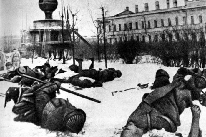 Первый сталинский удар: Ленинградско-Новгородская стратегическая операция